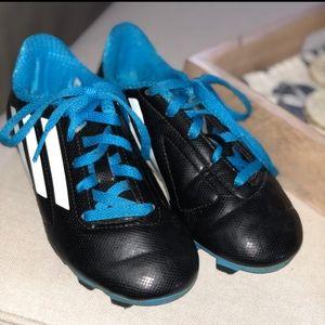 Adidas little boys soccer cleats